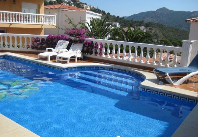 Villa en Rosas / Roses - Ref. can07