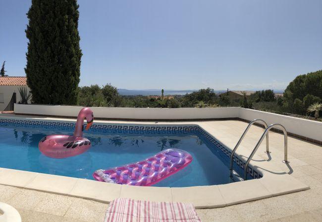 Villa en Rosas / Roses - Ref. Es78-80