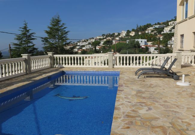 Apartment in Rosas / Roses - Na48 A